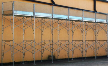 Scaffold 675kg WorkSafe Reg. 10.8m Long x 6.5m Access Height Galv