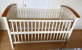 Cosatto Dorchester Cot Bed and matching Change Unit