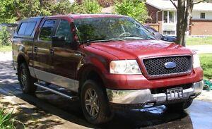 2005 Ford F-150 SuperCrew XLT Pickup Truck