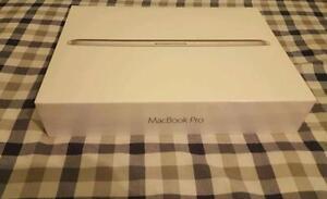 "Apple MacBook Pro with Retina Display, 15.4"", 2.2 GHz Quad-Core Intel Core i7, 16GB RAM, 256GB Flash Storage, Silver"