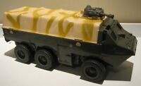 Gi joe carrier with 30 figures and accessories