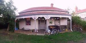 PRESTON DREAM HOUSE LOOKING FOR COUPLE Preston Darebin Area Preview