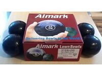 Almark Sterling Slimline Lawn Bowls with Carrier and Bag
