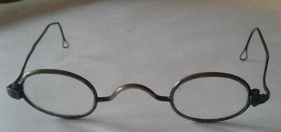 ANTIQUE EYEWEAR Historical Civil War Old West Metal Rim (Historic Eyewear)