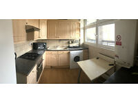 TWO DOUBLE ROOMS AVAILABLE IN FLATSHARE IN MILE END AREA. MUST SEE