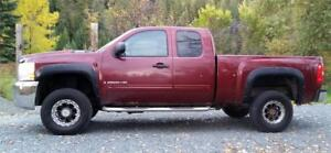 2009 Chevrolet Silverado 2500HD 4X4 6.0 Gas, Auto