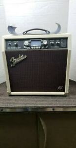 AMPLI FENDER BLUES COMME NEUF MODEL G-DEC3 THIRTY PR699 179.95