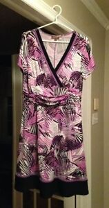 Ladies' White, Purple, and Black Dress / Worn Once / Size L-XL