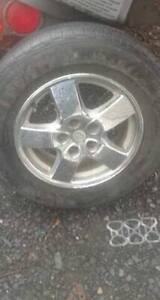 pneux a vendre 225\65r\16