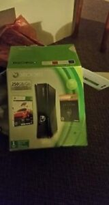 250 gb Xbox 360 for sale like new