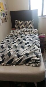 Bedding, fitting bed linen and sheets