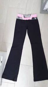 New Lululemon Groove Pant, Size 4Tall