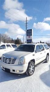 2009 Cadillac Escalade ESV! ALL WHEEL DRIVE! CERTIFIED!
