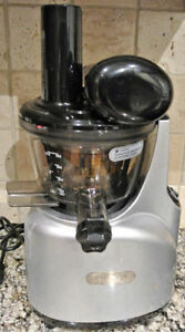 Kuvings Slow Masticating Juicer