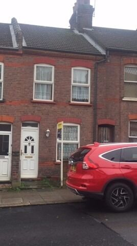 Prestige Move are proud to present a spacious 2 bed property located in the popular Dallow Road area