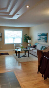 Move in today.52 Street NE.....Upstairs room