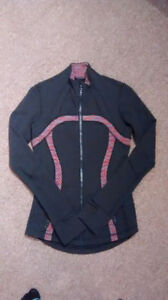 Lulu Lemon Define Jacket (Size 2)