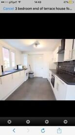 HUGE DOUBLE ROOM FOR LET