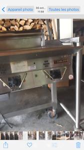 Plaque de cuisson et table