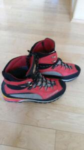 La Sportiva Trango S mountaineering boot (or RENT me)