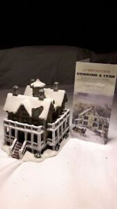 Hand crafted Christmas village collectible house for sale. Kitchener / Waterloo Kitchener Area image 10