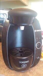 Machine à café Bosh TAS 2002(Tassimo)