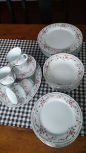 Danish Dish Set