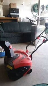Electric Snow Blower - Great Condition Kitchener / Waterloo Kitchener Area image 1