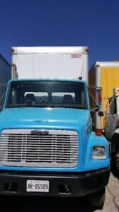 2003 freightliner fl80 truck for sale-automatic excellent truck