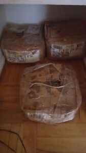 """Brand new - 50lbs box of 2 1/2"""" Common Nails"""