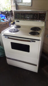 """*Self-Cleaning* Kenmore 30"""" STOVE & OVEN -EXCELLENT CONDITION !"""