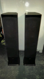 Onkyo receiver and Soundstage Speakers