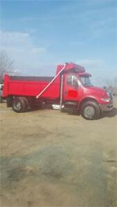 2009 International Dump Single Axle