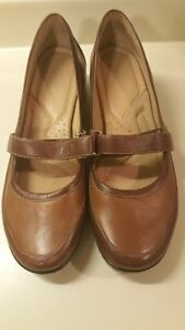 Women's Shoes - Size 11M - NEW