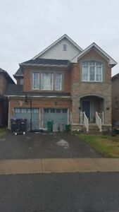 AVAILABLE NOW! Spacious and Convenient Home on Sandalwood/Ching