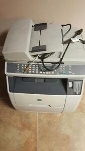 HP Color LaserJet 2840 All-in-One Printer/Copier/Scanner/Fax