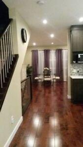 Room for Rent NOV 1 - Highland Park (Female only)
