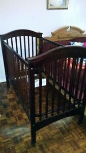 Baby Crib good condition SOLID WOOD $ 90