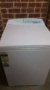 Washing Machine for sale! 5.5KG Fisher & Paykel Top Loader Belmont Geelong City Preview