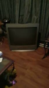 """32"""" Sanyo Tube T.V. Still Great Color...Free Pick up only..."""