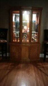 Natural Oak Table and Hutch/Display Cabinet