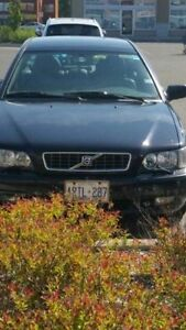 2004 Volvo S40 Single Owner Fully Loaded with Leather Sedan