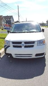 DODGE GRAND CARAVAN 2010 STOW AND GO Saint-Hyacinthe Québec image 2