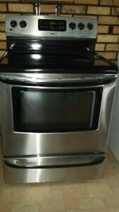 Stainless stove works perfect, self cleaning
