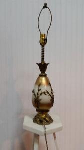 Lampe Table/Lamp Motif/Design Antique Retro Salon/Living Room
