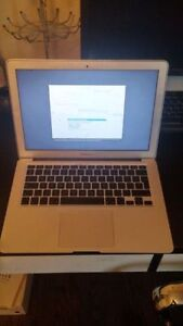 "13"" MacBook Air - 1.86 Core 2 Duo and 2 GB RAM"