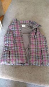 Ladies Medium Vest - Old Navy Kitchener / Waterloo Kitchener Area image 1
