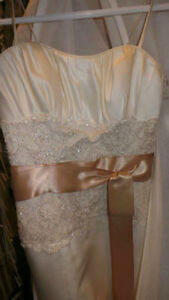 """Ivory, Gold, Lace - Maggie Sottero """"The Camden"""" Dress London Ontario image 5"""