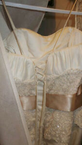 """Ivory, Gold, Lace - Maggie Sottero """"The Camden"""" Dress London Ontario image 6"""