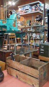 Antiquit??e, jouets, retro, vintage, industriel et vintage a voir